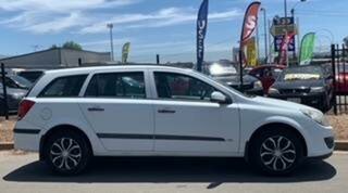 2006 Holden Astra AH MY06 CDX White 4 Speed Automatic Wagon.
