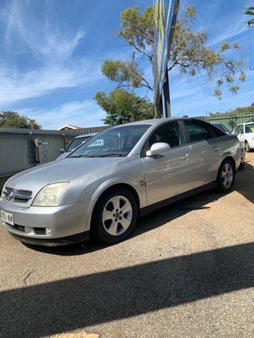 Used Holden Vectra ZC MY2004 CD Morphett Vale, 2004 Holden Vectra ZC MY2004 CD Silver 5 Speed Manual Sedan