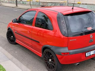 2003 Holden Barina XC MY03 SRi Red 5 Speed Manual Hatchback