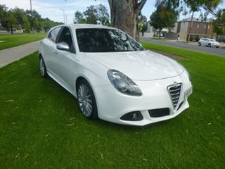 2013 Alfa Romeo Giulietta Series 0 Distinctive White Sports Automatic Dual Clutch Hatchback.
