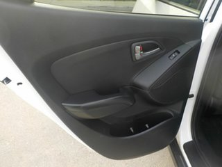 2015 Hyundai ix35 LM Series II Highlander (AWD) White 6 Speed Automatic Wagon