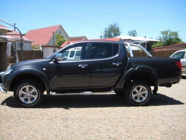 Used Mitsubishi Triton North Ipswich, 2013 Mitsubishi Triton Grey 5 Speed Manual Dual Cab