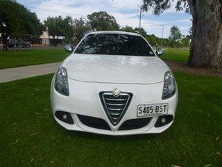 2013 Alfa Romeo Giulietta Series 0 Distinctive White Sports Automatic Dual Clutch Hatchback.