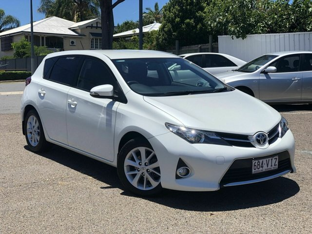 Used Toyota Corolla ZRE182R Ascent Sport S-CVT Chermside, 2014 Toyota Corolla ZRE182R Ascent Sport S-CVT White 7 Speed Constant Variable Hatchback