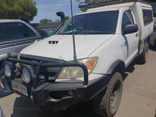 2006 Toyota Hilux GGN25R MY05 SR White 5 Speed Manual Cab Chassis.
