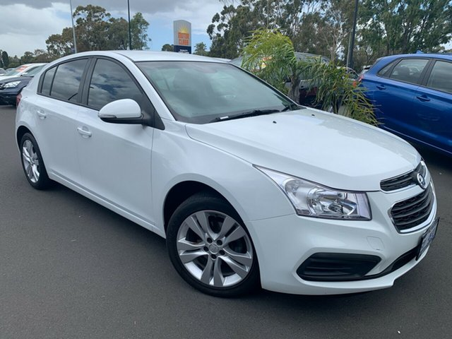 Used Holden Cruze JH Series II MY15 Equipe Bunbury, 2015 Holden Cruze JH Series II MY15 Equipe White 6 Speed Sports Automatic Hatchback