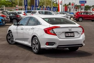 2019 Honda Civic 10th Gen MY19 VTi-L Platinum White 1 Speed Constant Variable Sedan.