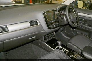 2019 Mitsubishi Outlander ZL MY20 ES 2WD White 5 Speed Manual Wagon