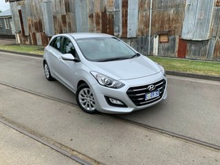 2015 Hyundai i30 GD3 Series II MY16 Active Sleek Silver 6 Speed Sports Automatic Hatchback.