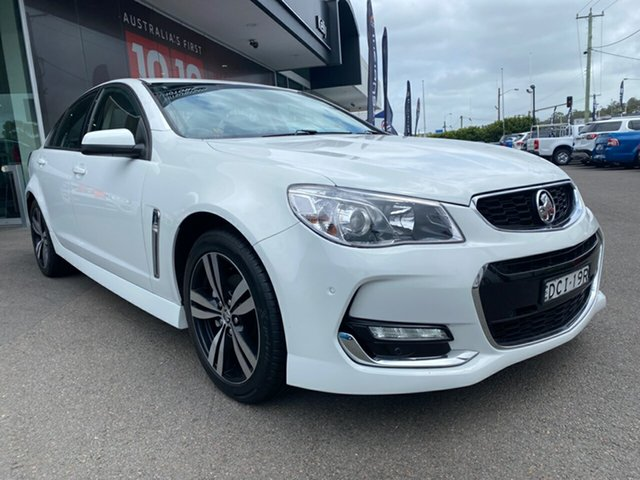 Used Holden Commodore VF II MY16 SV6 Cardiff, 2015 Holden Commodore VF II MY16 SV6 White 6 Speed Manual Sedan