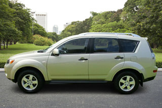 2009 Mitsubishi Outlander ZG MY09 Activ Gold 6 Speed Constant Variable Wagon.