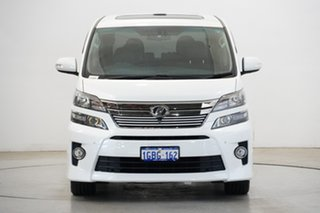 2014 Toyota HiAce KDH221R MY14 Super LWB White 4 Speed Automatic Van.