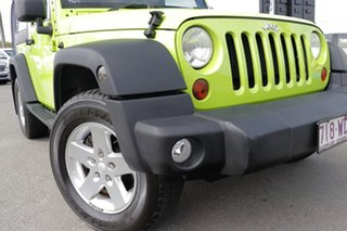 2013 Jeep Wrangler JK MY2013 Sport Gecko Green/black 5 Speed Automatic Softtop.