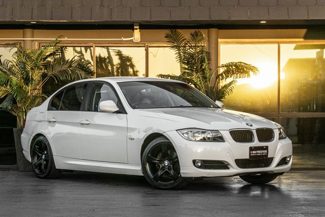 Used BMW 3 Series E90 MY09 320i Steptronic Executive Bowen Hills, 2009 BMW 3 Series E90 MY09 320i Steptronic Executive White 6 Speed Sports Automatic Sedan