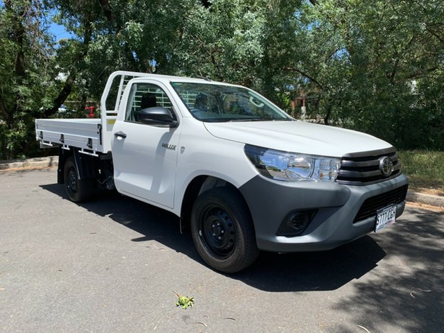 Demo Toyota Hilux TGN121R Workmate 4x2 Hawthorn, 2020 Toyota Hilux TGN121R Workmate 4x2 White 6 Speed Sports Automatic Cab Chassis