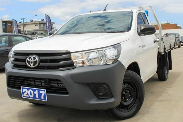 Used Toyota Hilux GUN122R Workmate 4x2 Coburg North, 2017 Toyota Hilux GUN122R Workmate 4x2 White 5 Speed Manual Cab Chassis