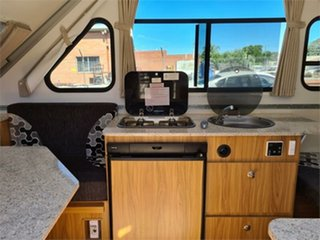 2017 Avan Campers Cruiseliner Caravan