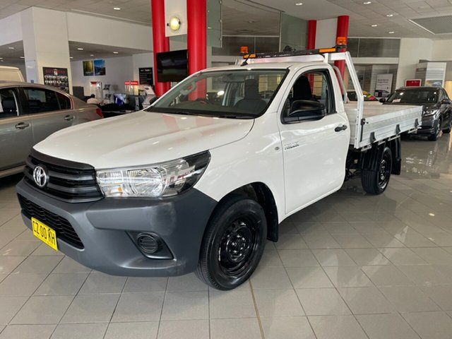 Used Toyota Hilux TGN121R Workmate 4x2 Artarmon, 2017 Toyota Hilux TGN121R Workmate 4x2 White 6 Speed Sports Automatic Cab Chassis