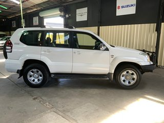 2008 Toyota Landcruiser Prado KDJ120R 07 Upgrade GX (4x4) White 6 Speed Manual Wagon.