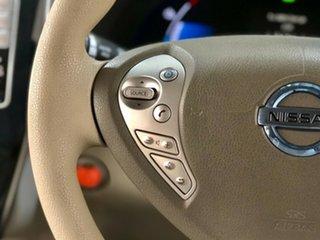 2012 Nissan Leaf ZE0 White 1 Speed Reduction Gear Hatchback