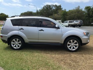 2010 Mitsubishi Outlander ZH MY10 LS Cool Silver 5 Speed Manual Wagon.