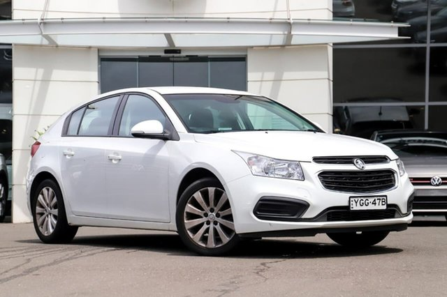 Used Holden Cruze JH Series II MY15 Equipe Sutherland, 2015 Holden Cruze JH Series II MY15 Equipe White 6 Speed Sports Automatic Hatchback
