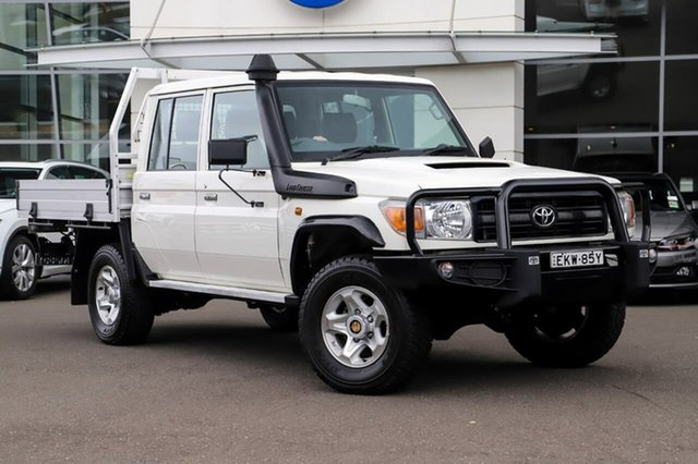 Used Toyota Landcruiser VDJ79R Workmate Double Cab Sutherland, 2016 Toyota Landcruiser VDJ79R Workmate Double Cab White 5 Speed Manual Cab Chassis