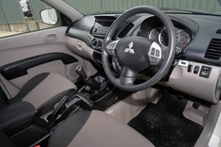 2015 Mitsubishi Triton MQ MY16 GLX Double Cab 4x2 White 6 Speed Manual Utility