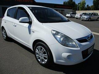 2011 Hyundai i20 PB MY11 Active White 4 Speed Automatic Hatchback.