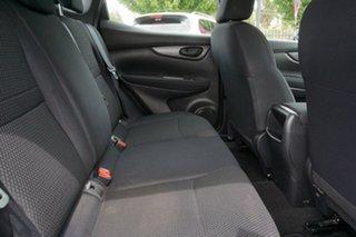 2015 Nissan Qashqai J11 ST Red 6 Speed Manual Wagon