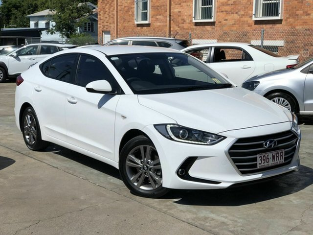Used Hyundai Elantra AD MY17 Active Chermside, 2016 Hyundai Elantra AD MY17 Active White 6 Speed Sports Automatic Sedan