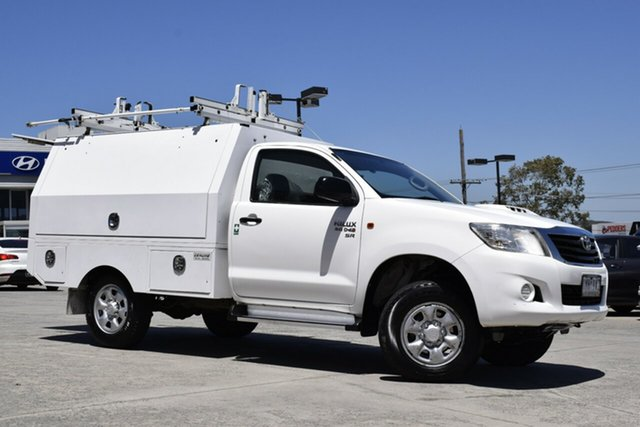 Used Toyota Hilux KUN26R MY12 SR Ferntree Gully, 2013 Toyota Hilux KUN26R MY12 SR White 5 Speed Manual Cab Chassis