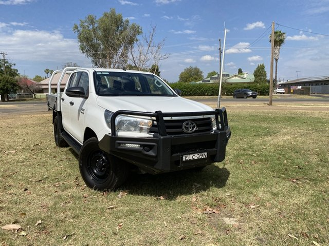 Used Toyota Hilux GUN126R SR Double Cab Moree, 2018 Toyota Hilux GUN126R SR Double Cab White 6 Speed Manual Cab Chassis