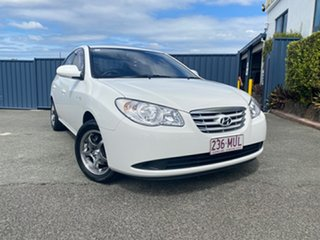 2009 Hyundai Elantra HD SX White 4 Speed Automatic Sedan.