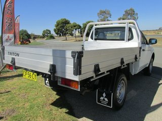 2017 Mitsubishi Triton MQ MY18 GLX 4x2 White 5 Speed Manual Cab Chassis