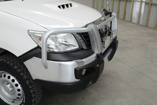 2015 Toyota Hilux KUN26R MY14 SR White 5 speed Manual Cab Chassis
