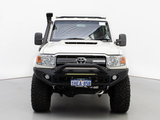2017 Toyota Landcruiser LC70 VDJ79R MY17 GXL (4x4) White 5 Speed Manual Double Cab Chassis.