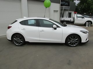 2016 Mazda 3 BN5438 SP25 SKYACTIV-Drive Astina White 6 Speed Sports Automatic Hatchback.