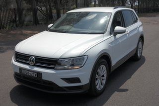 2017 Volkswagen Tiguan 5N MY17 110TSI DSG 2WD Trendline White 6 Speed Sports Automatic Dual Clutch.