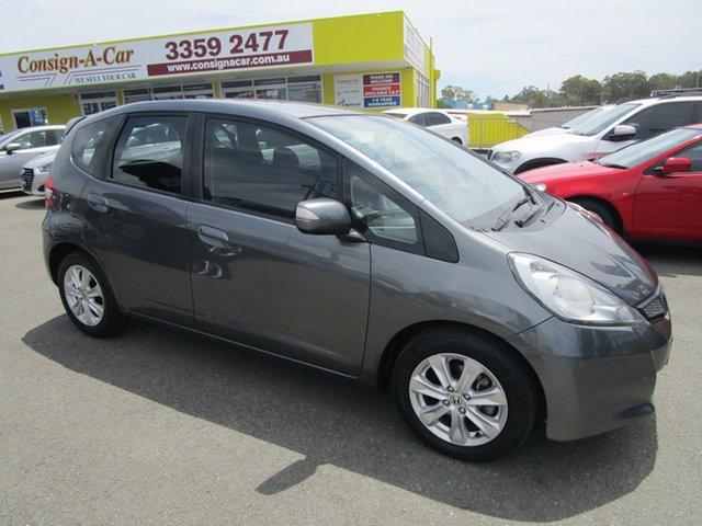 Used Honda Jazz GE MY13 Vibe Kedron, 2013 Honda Jazz GE MY13 Vibe Grey 5 Speed Automatic Hatchback