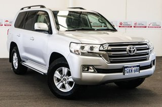 2017 Toyota Landcruiser VDJ200R MY16 GXL (4x4) Silver Pearl 6 Speed Automatic Wagon.