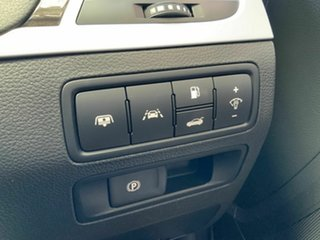 2014 Hyundai Genesis DH Silver 8 Speed Automatic Sedan