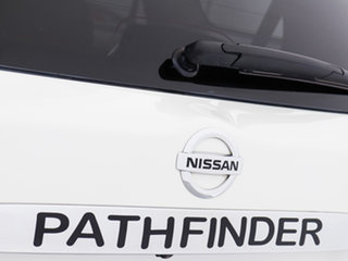 2015 Nissan Pathfinder R52 ST (4x4) White Continuous Variable Wagon