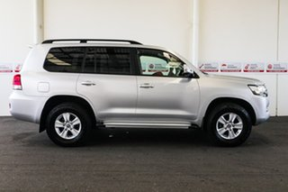 2017 Toyota Landcruiser VDJ200R MY16 GXL (4x4) Silver Pearl 6 Speed Automatic Wagon