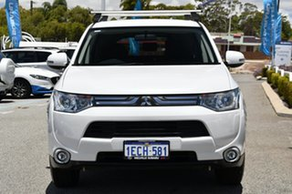 2013 Mitsubishi Outlander ZJ MY13 LS 2WD White 6 Speed Constant Variable Wagon