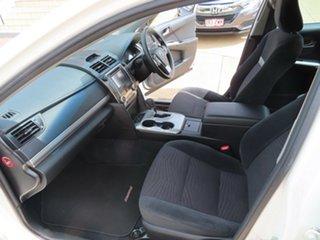 2014 Toyota Camry Hybrid White Automatic Sedan