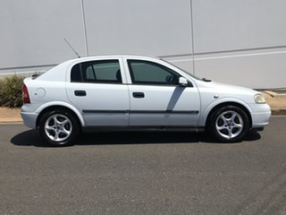 2003 Holden Astra TS MY03 CD White 5 Speed Manual Hatchback.