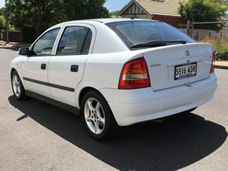2003 Holden Astra TS MY03 CD White 5 Speed Manual Hatchback