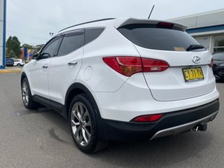2014 Hyundai Santa Fe Highlander White Sports Automatic Wagon.