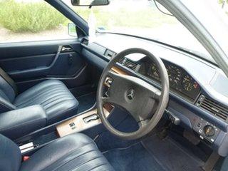 1986 Mercedes-Benz 230 W124 TE White Automatic Wagon